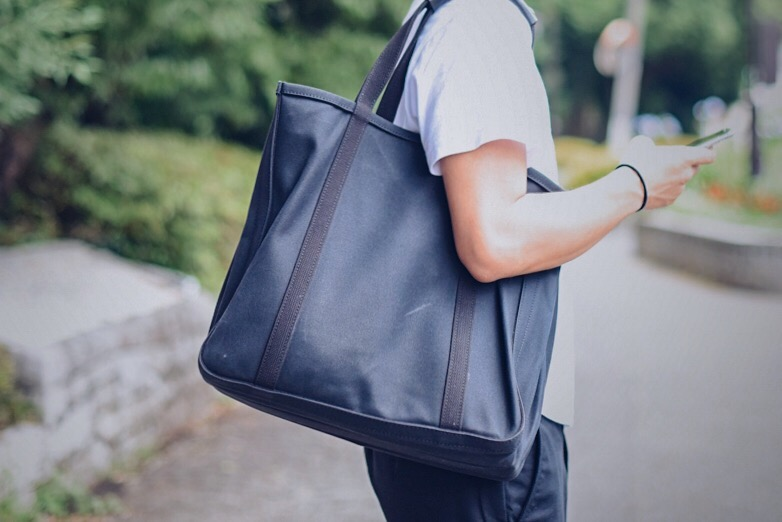 CHACOLI(チャコリ)のトートバッグを使い続ける3つの理由【6ヶ月経った使用感も掲載】