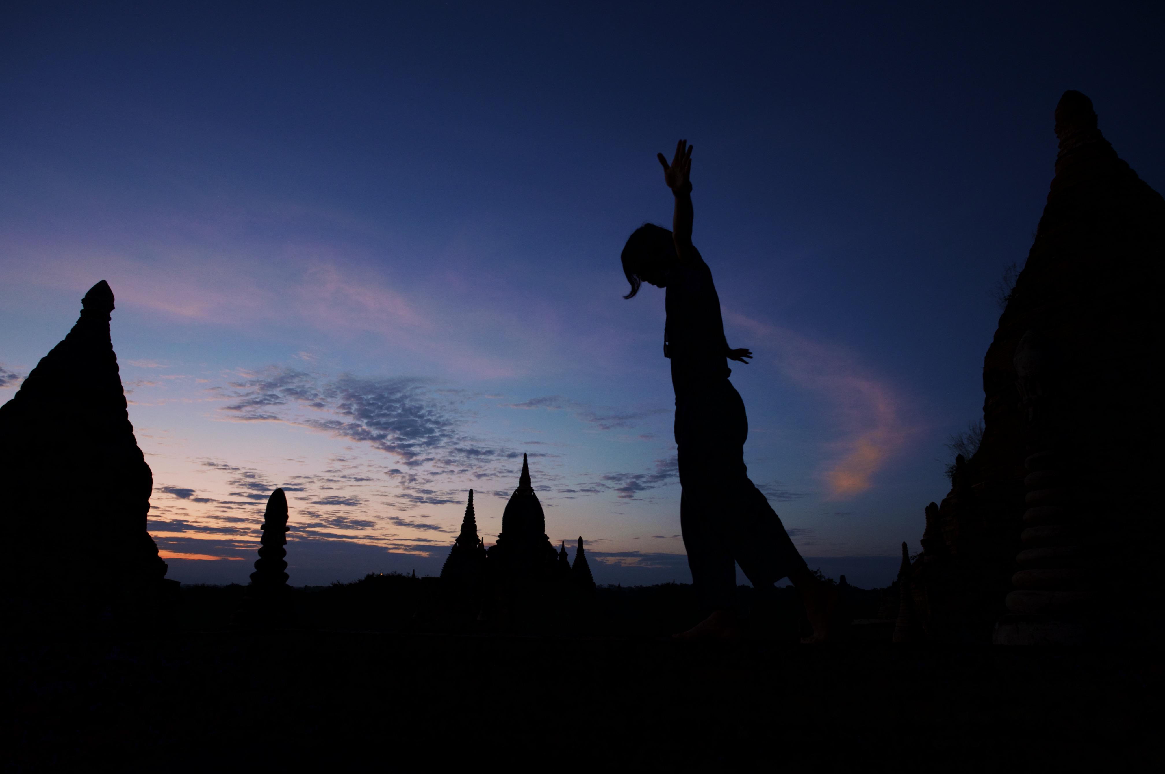 深く沈んだ空が、淡く染まり始めるまで【ミャンマー旅行記①】