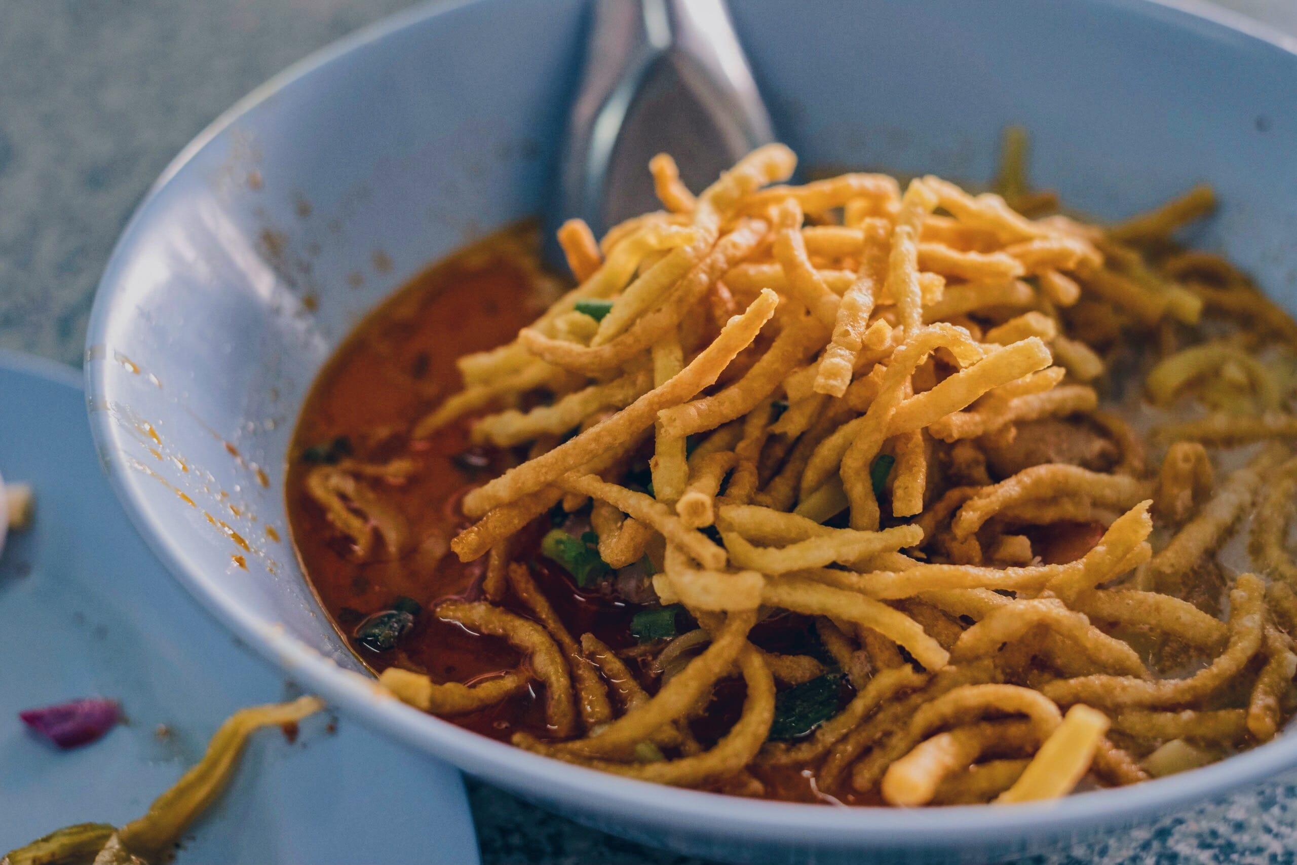 タイで一番美味いカオソーイがここにある、チェンライの「Pho Chai(ポーチャイ)」|タイ