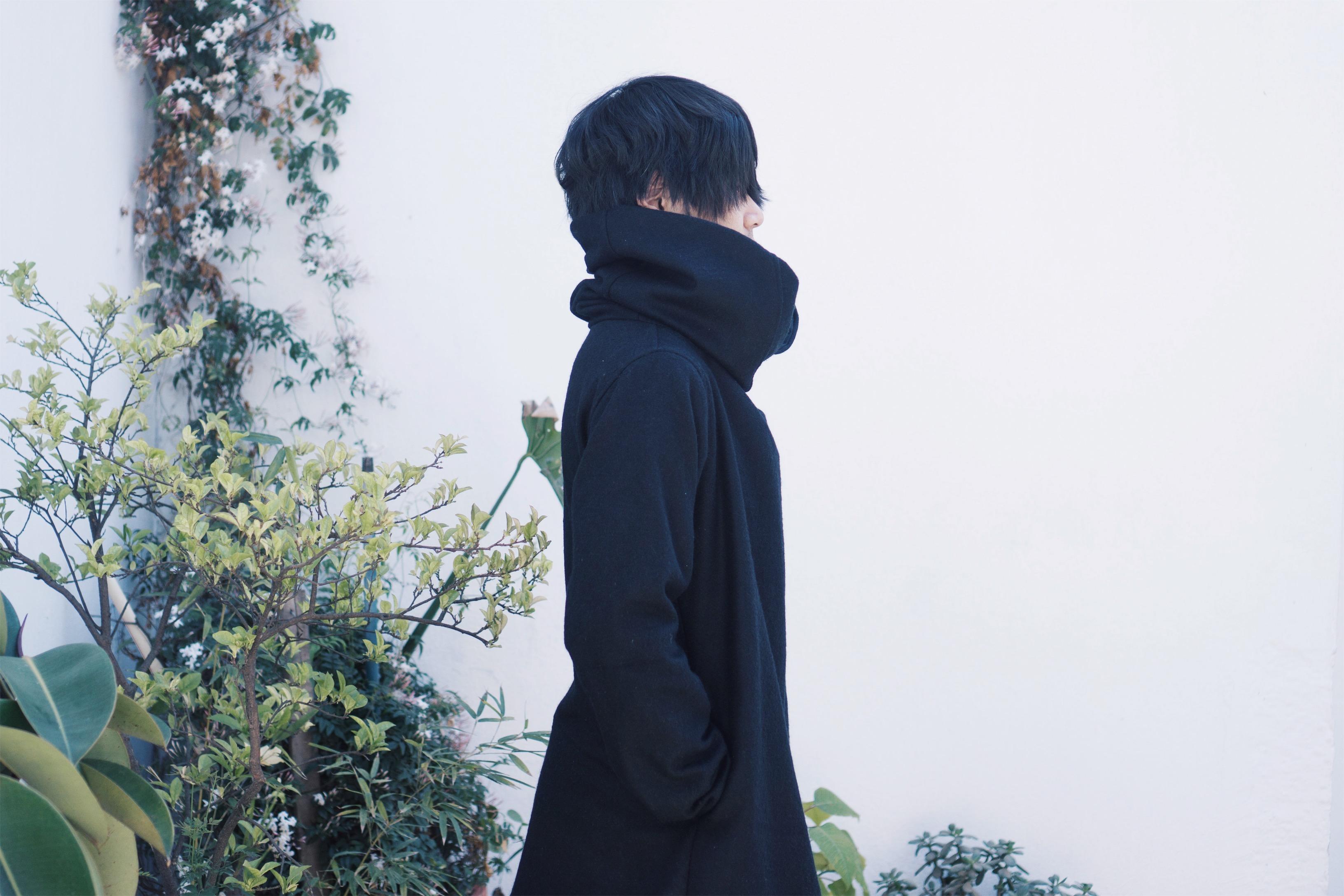 ネパール・ポカラの仕立て屋さんが作った黒のウールコート|旅先で惹かれたもの No.1