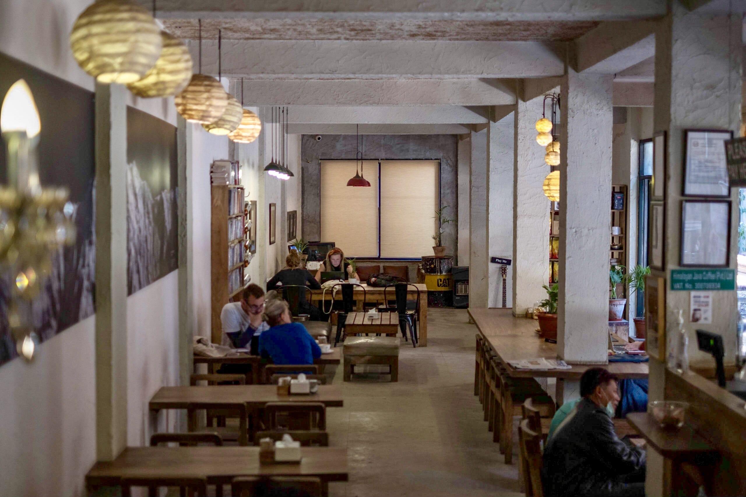 カトマンズの路地に佇むおしゃれカフェ「Himalayan Java Coffee」+Wi-Fiカフェ3つ|ネパール