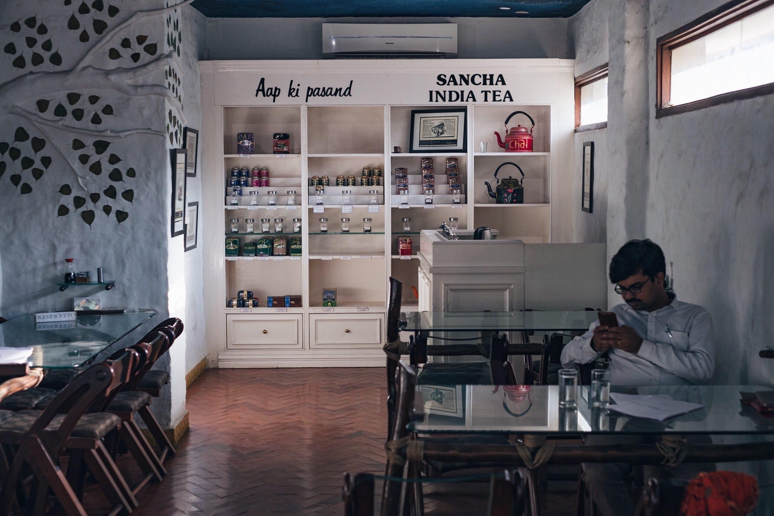 バラナシで快適にノマドワークできるおすすめのWi-Fiカフェ 4店|インド
